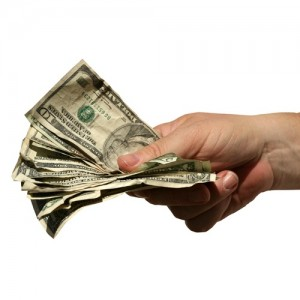 shutterstock_19731778-cash-back-2